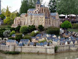 France miniature, Francia