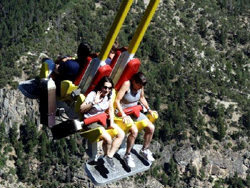 Columpio Giant Canyon Swing
