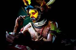 Племя Хули, Индонезия - Папуа-Новая Гвинея
