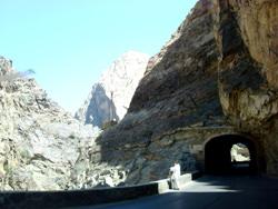 La Carretera Kabul Jalalabad, Afganistán