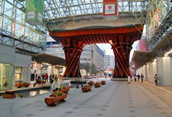 Вокзал Канадзава, Япония