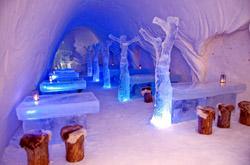 Lumi Linna Castle Eisrestaurant, Finnland