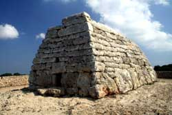 Гробница Навета-де-Тудонс, Испания