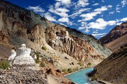 Монастырь Пхуктал