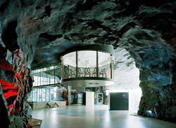 Centro Pioneen, Suecia