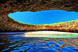 Playa de Amor, Mexico