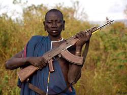 Surma Stamm, Kenia und Äthiopien