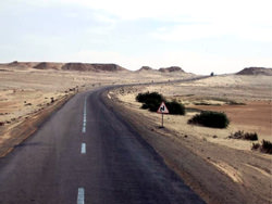 La Carretera Trans-Sahara, Argelia