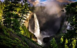 Helmcken Waterfall, Canada
