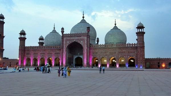 Badshahi Mosque, Pakistan