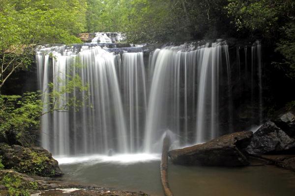 Brasstown Falls, Vereinigte Staaten