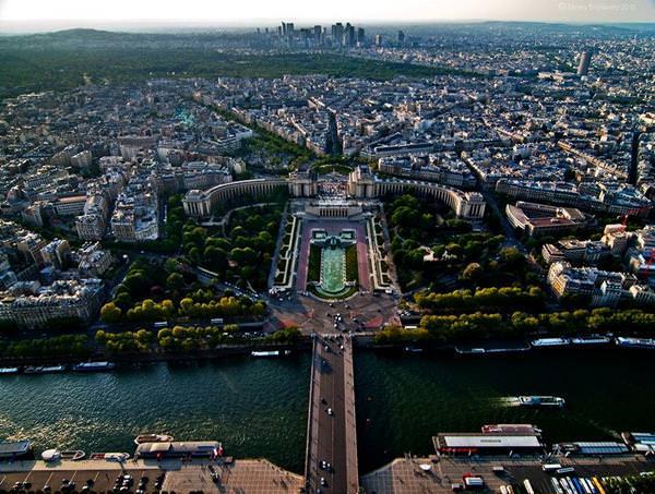 Смотровая площадка Эйфелевой Башни, Франция