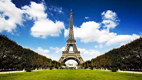 Эйфелева башня, Франция