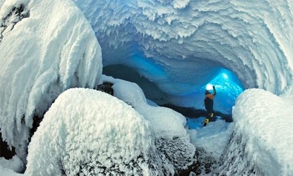 Пещеры горы Эребус,