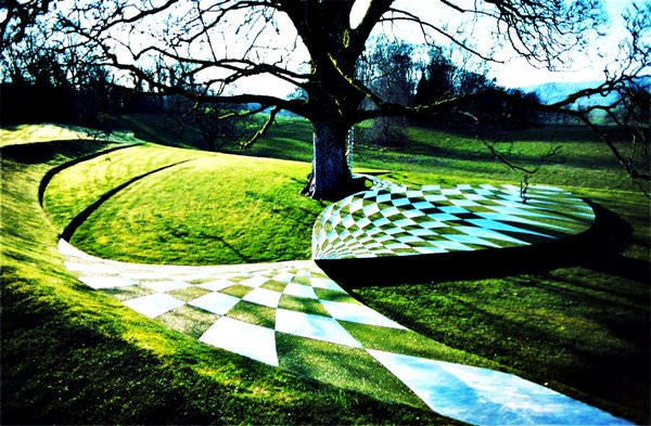 Garden of Cosmic Speculation, Schottland