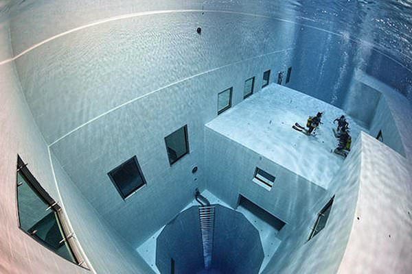 Nemo 33 Pool, Belgium