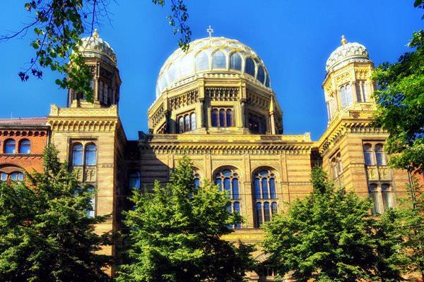 Новая синагога Берлина, Германия