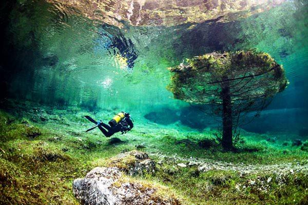 Underwater Park Gruner See, Austria