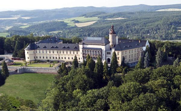 Zbiroh Schloss, Tschechien