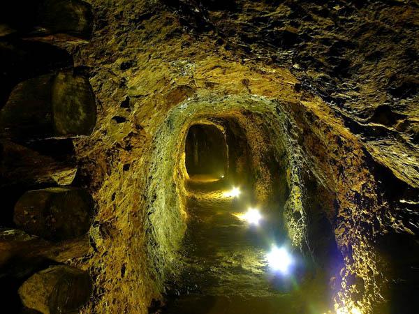 Zrinjski Mine, Kroatien
