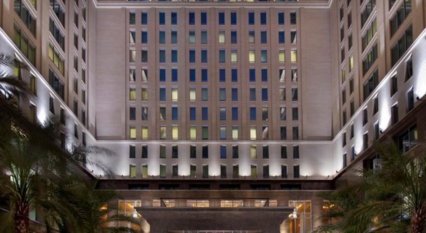 Foto  The Ritz-Carlton, Dubai International Financial Centre, Gate Village, DIFC, Dubai