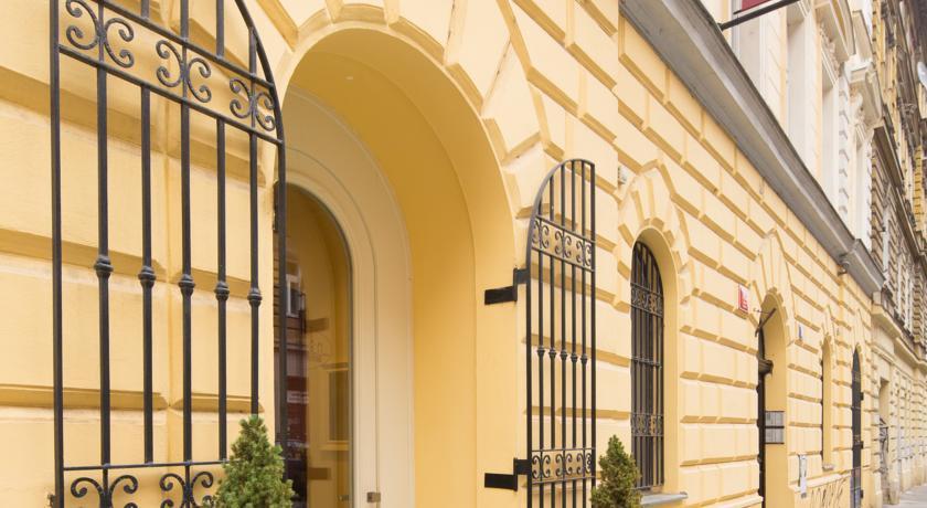 Foto of the Italian hotel, Praha 3