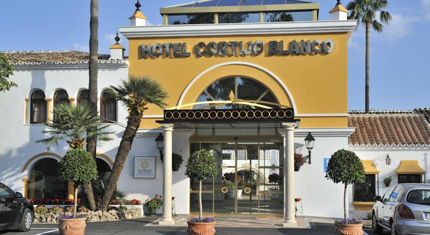 hotel cortijo blanco san pedro alcantara: