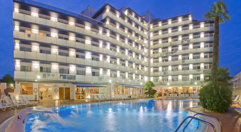 Foto of the Hotel Mar Blau, Calella