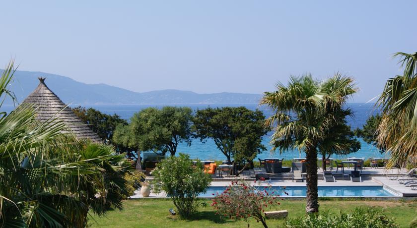 Foto of the Hotel Le Ruesco, Olmeto Plage