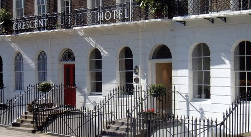 Foto of the Crescent Hotel, London