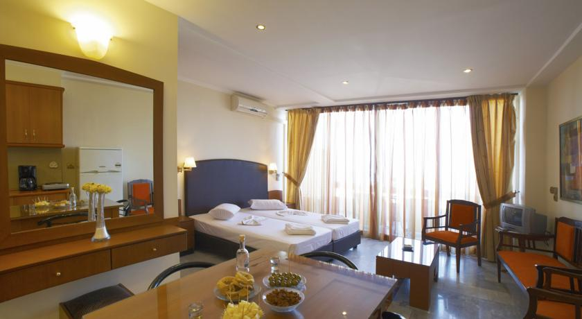 Foto of the Theo Beach Hotel Apartments, Rethymno