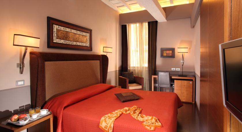 Foto of the Condotti Palace Deluxe Aparthotel, Rome