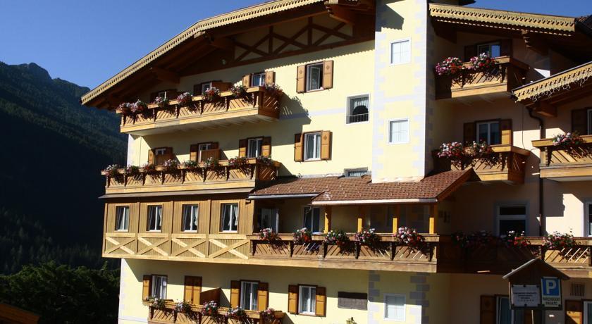 Foto of the Piccolo Hotel, Vigo Di Fassa