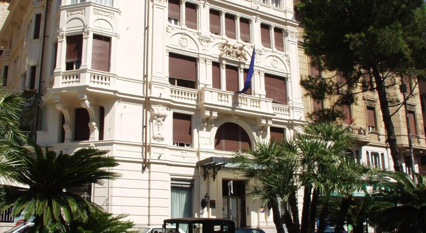Foto  Continental Genova, Genova