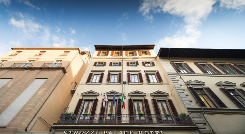 Foto of the Strozzi Palace Hotel, Florence