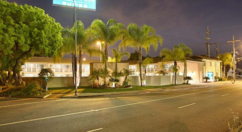 Foto  Burbank Inn and Suites, Burbank (California)