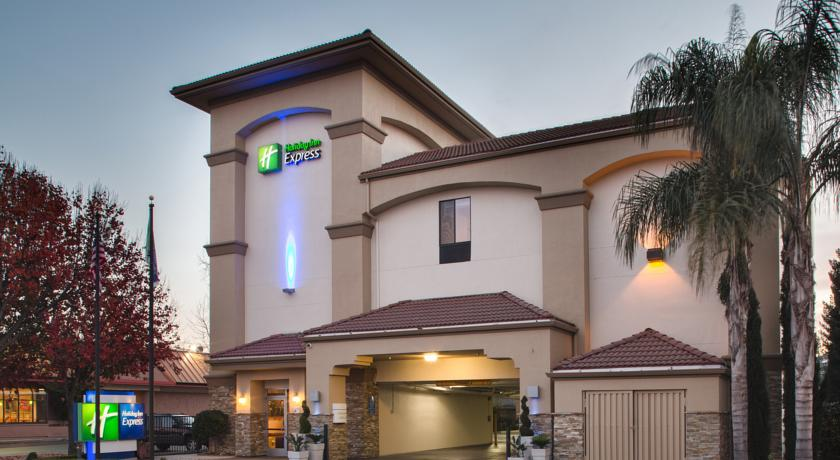 Foto  Holiday Inn Express Redwood City Central, Redwood City (California)