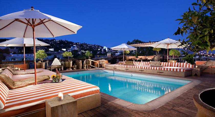 Foto  Petit Ermitage, West Hollywood (California)