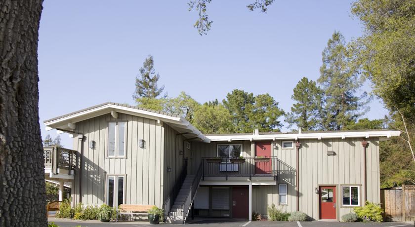Foto  Red Cottage Inn, Menlo Park (California)