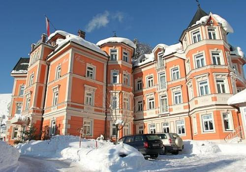 View Complete Photogallery Of Best Hotels In Kitzbuhel