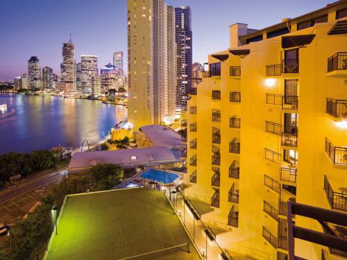 Brisbane Hotels With Indoor Swimming Pool Orangesmile Com