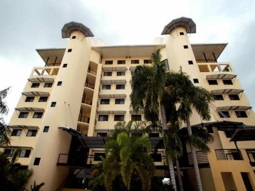 Darwin Hotels With Outdoor Swimming Pool Orangesmile Com