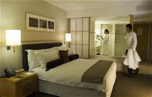 Non Smoking Hotels In Perth Best Rates Reviews Photos By Orangesmile
