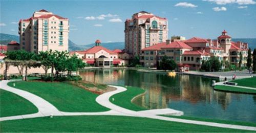 Non Smoking Hotels In Kelowna Best Rates Reviews Photos By Orangesmile