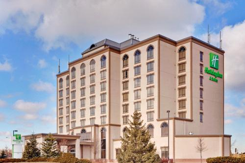 View Complete Photogallery Of Mississauga Hotels