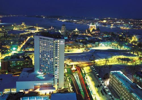 Quebec Hotels with Outdoor Swimming Pool | OrangeSmile com