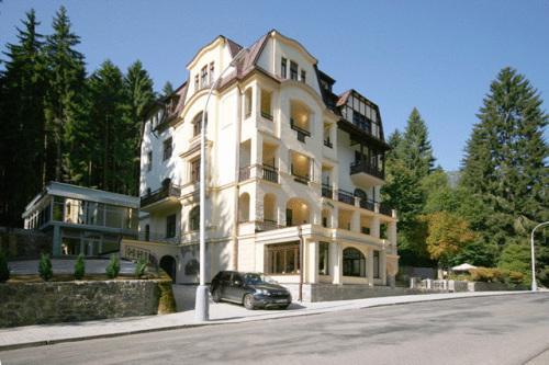 Marienbad Hotels Mit Hallenbad Gunstig Buchen Billig Angebote Fur