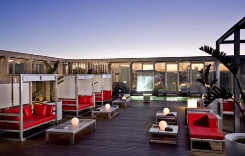 Hôtels De Barcelone Avec Piscine Couverte Réservation Des Hôtels - Hotel barcelone avec piscine sur le toit
