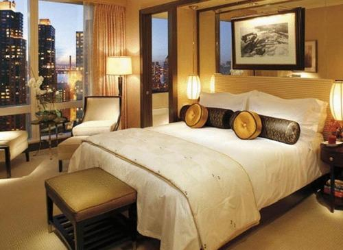 Отель Mandarin Oriental New York