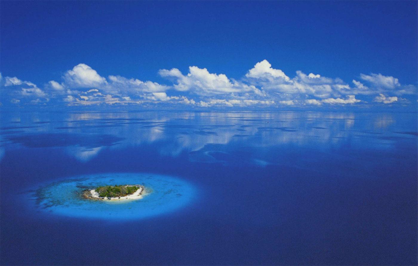 Photos de Tahiti, de Polynésie française - de grandes photos des ...: http://www.orangesmile.com/guide-touristique/afoto/photos_tahiti.htm
